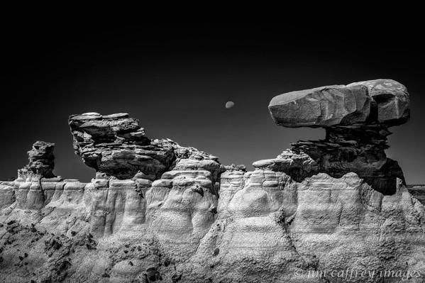 Moondancing-B&W