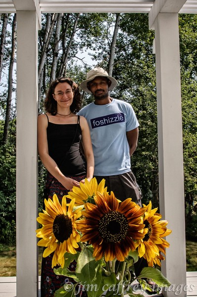 Lauren-&-Prasanna-Sunflowers