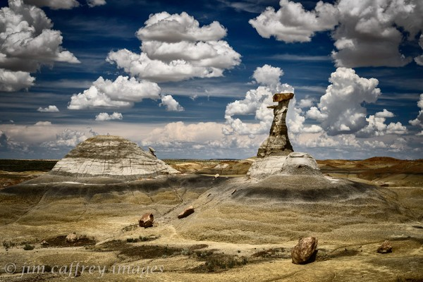 Hoodoo-And-Mound-Burnham-Badlands